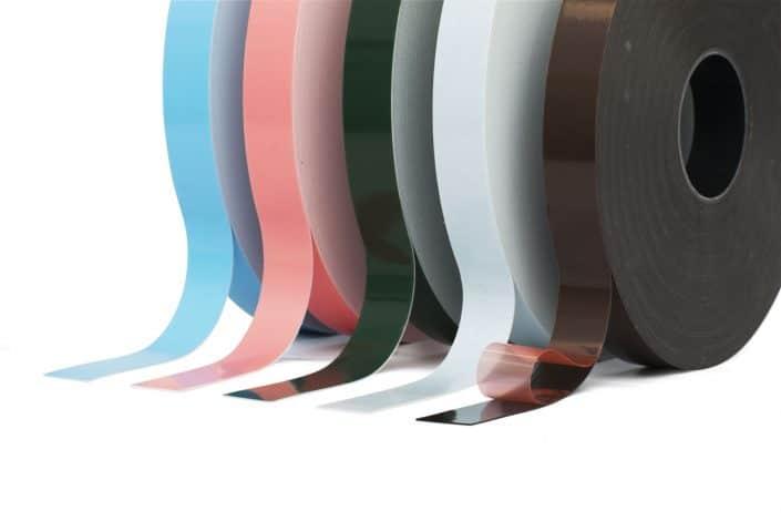 Doppelseitiges Schaumklebeband: Doppelseitig klebende Bänder mit Schaumträger